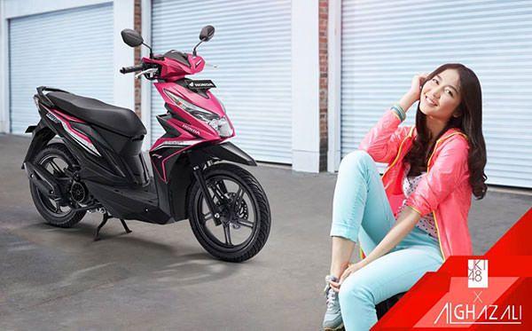 Motor matic yang disukai wanita - Honda Beat eSP Jkt 48