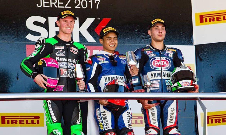 Pembalap Indonesia Galang Hendra Juara WSSP300 Jerez