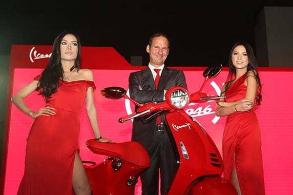 Vespa 946 RED - Indonesia