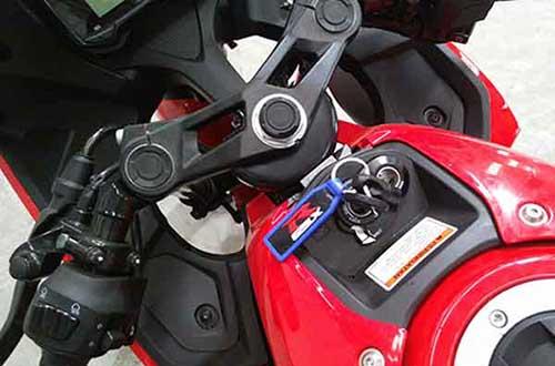Suzuki GSX-R150 Pakai Anak Kunci