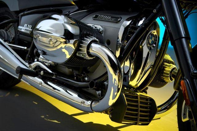 Mesin boxer BMW R18 dua silinder