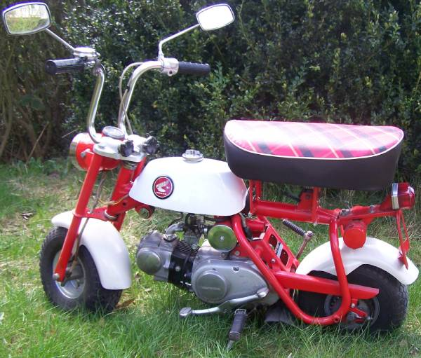 Honda Monkey Z50M