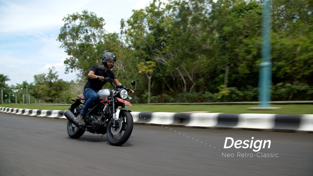 retro xsr 155 di jalan action