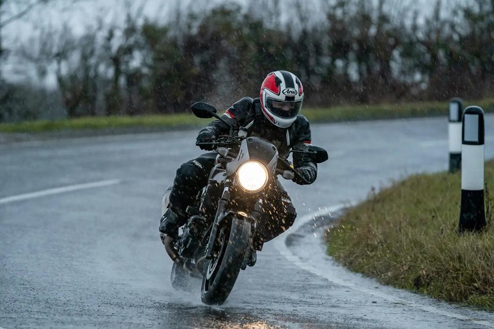 Cara merawat motor yang benar