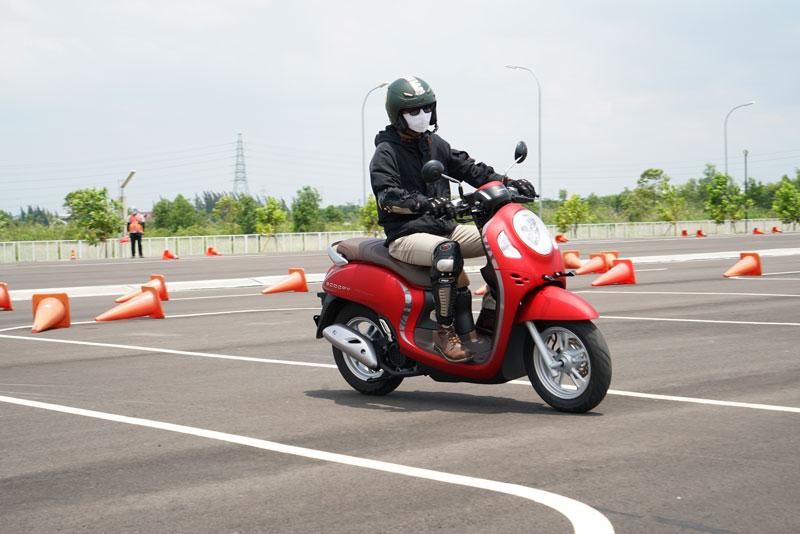 Kredit Honda Scoopy 2021