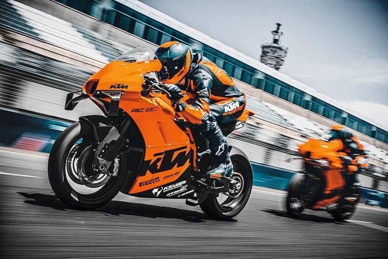 Motor Balap KTM